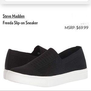 Steve Madden Freeda sneaker. Knit-like textiles